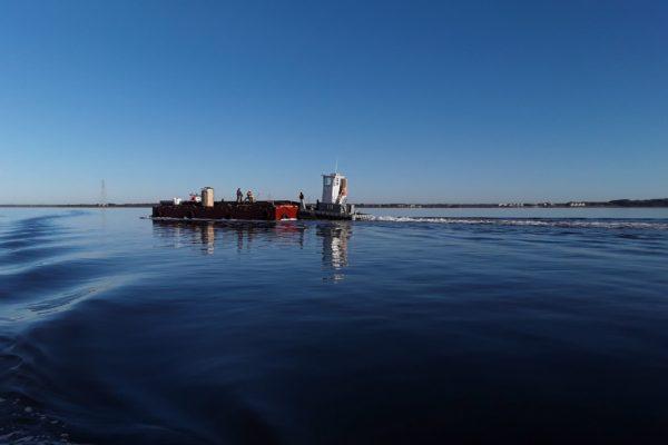 19.10.24 - Barge Underway 2-min